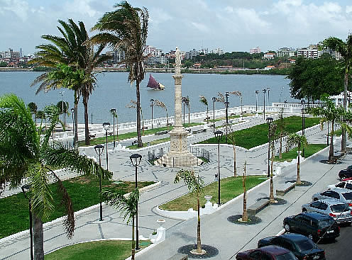 Lista del Patrimonio Mundial. - Página 2 Ferias_saoluis_Praca_Goncalves_Dias